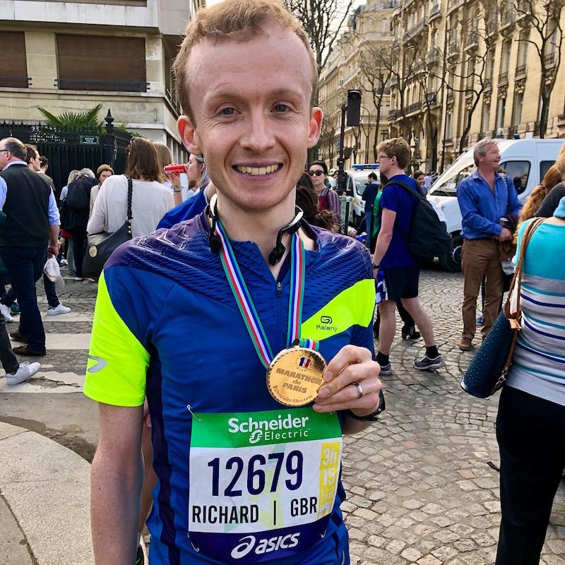 Richard Sanderson with finishers medal juat after completing the 2018 Paris Marathon